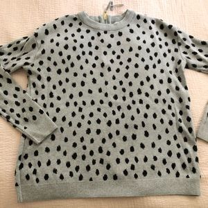 Long-sleeve Leopard Print Zip Back Sweater EUC